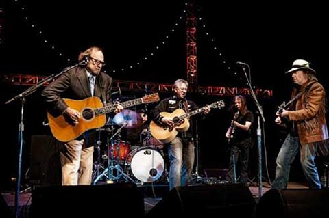 news roundup bruce springsteen busks buffalo springfield rusts wilco ride the bus american. Black Bedroom Furniture Sets. Home Design Ideas