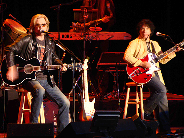 singles hall and oates Take a listen to hall and oates' newest single, before they hit keyarena aug 11th.