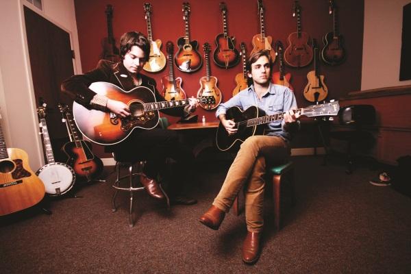 gruhn guitars nashville 39 s guitar nirvana american songwriter. Black Bedroom Furniture Sets. Home Design Ideas