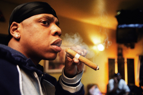 Jay-Z-smoking-cigar