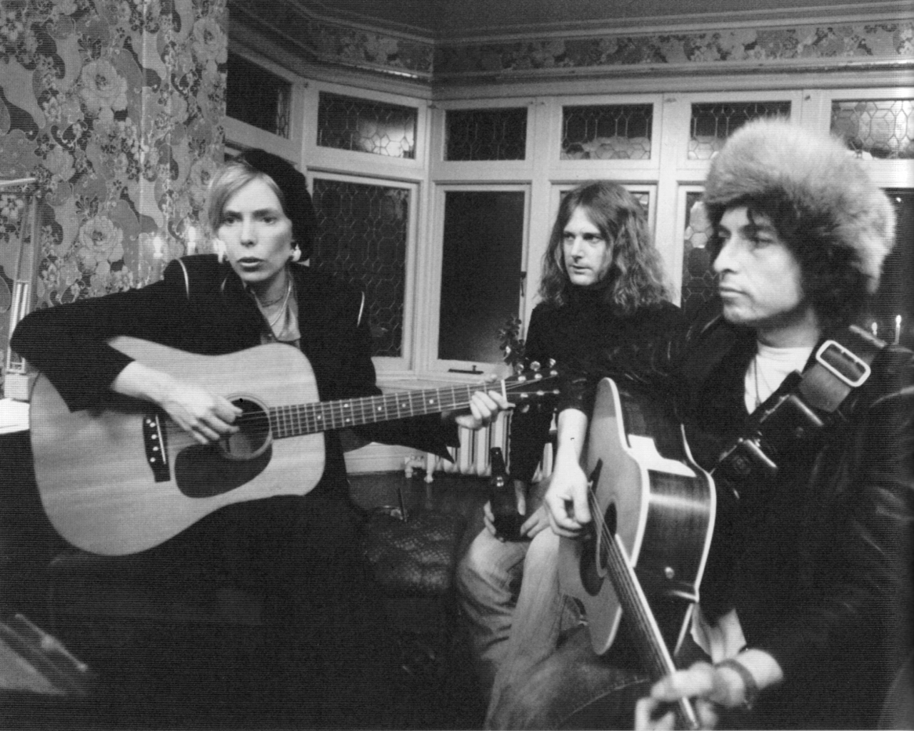 Joni Mitchell Returns Clarifies Dylan Comments 171 American