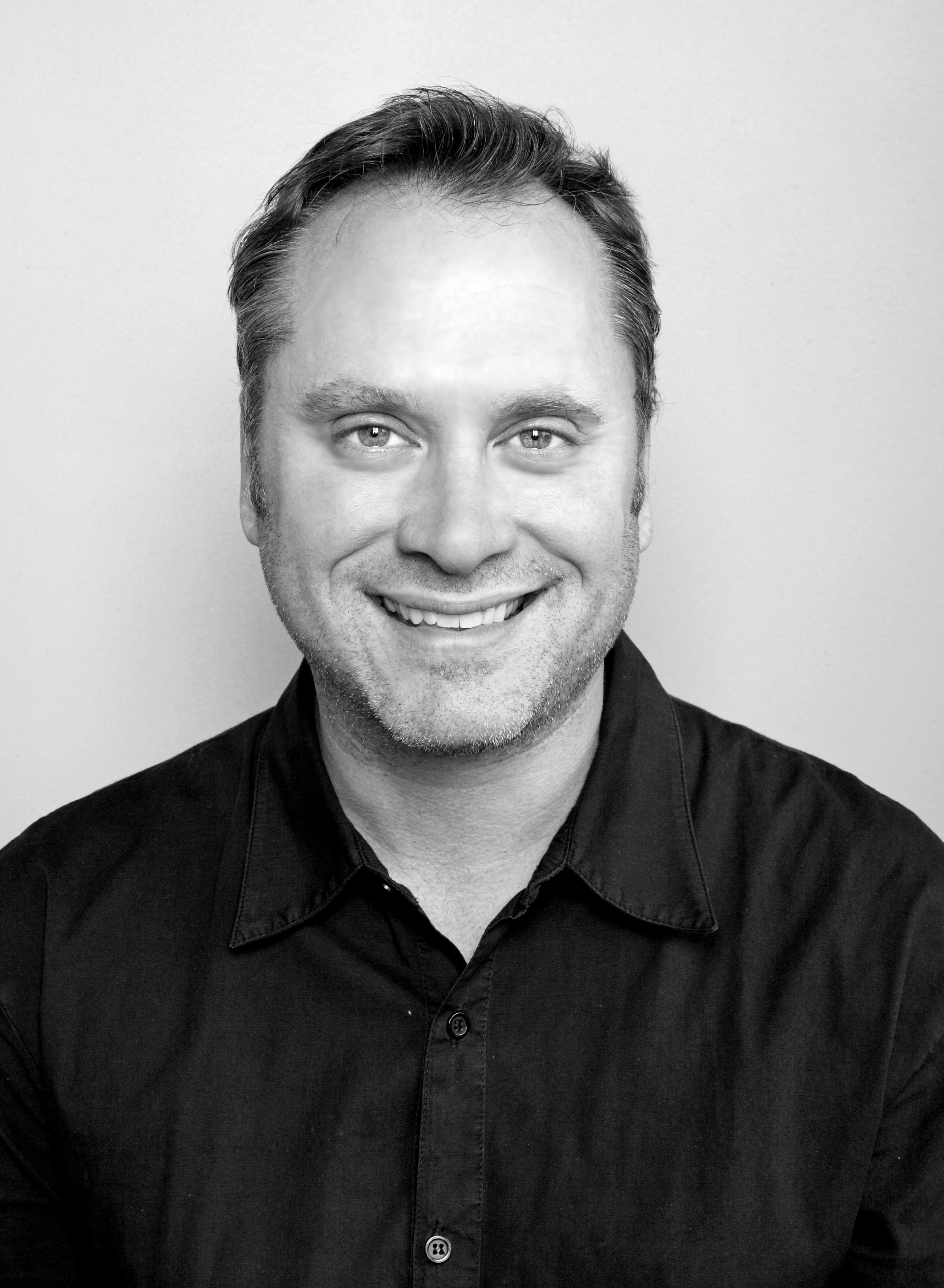 Damon Booth headshot
